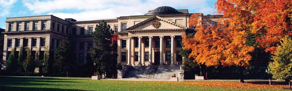 کتابخانه و موزه دانشگاه اتاوا