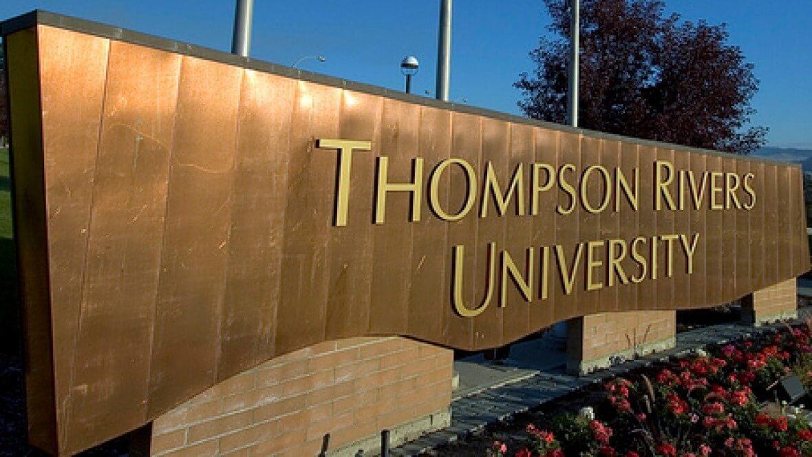 دانشگاه Thompson River