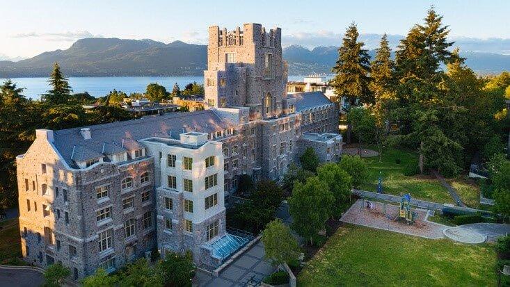 دانشگاه British Columbia (UBC)