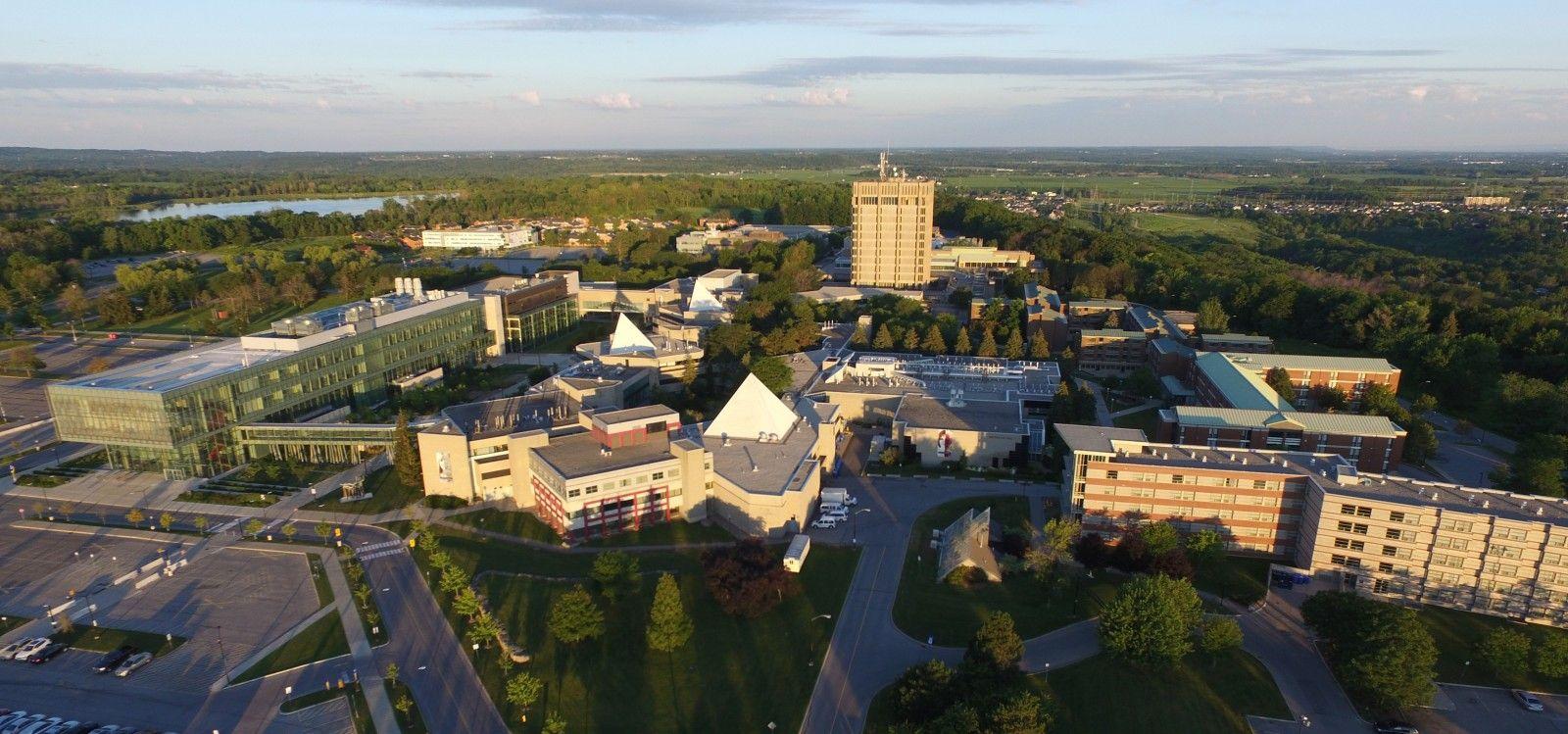 دانشگاه Brock
