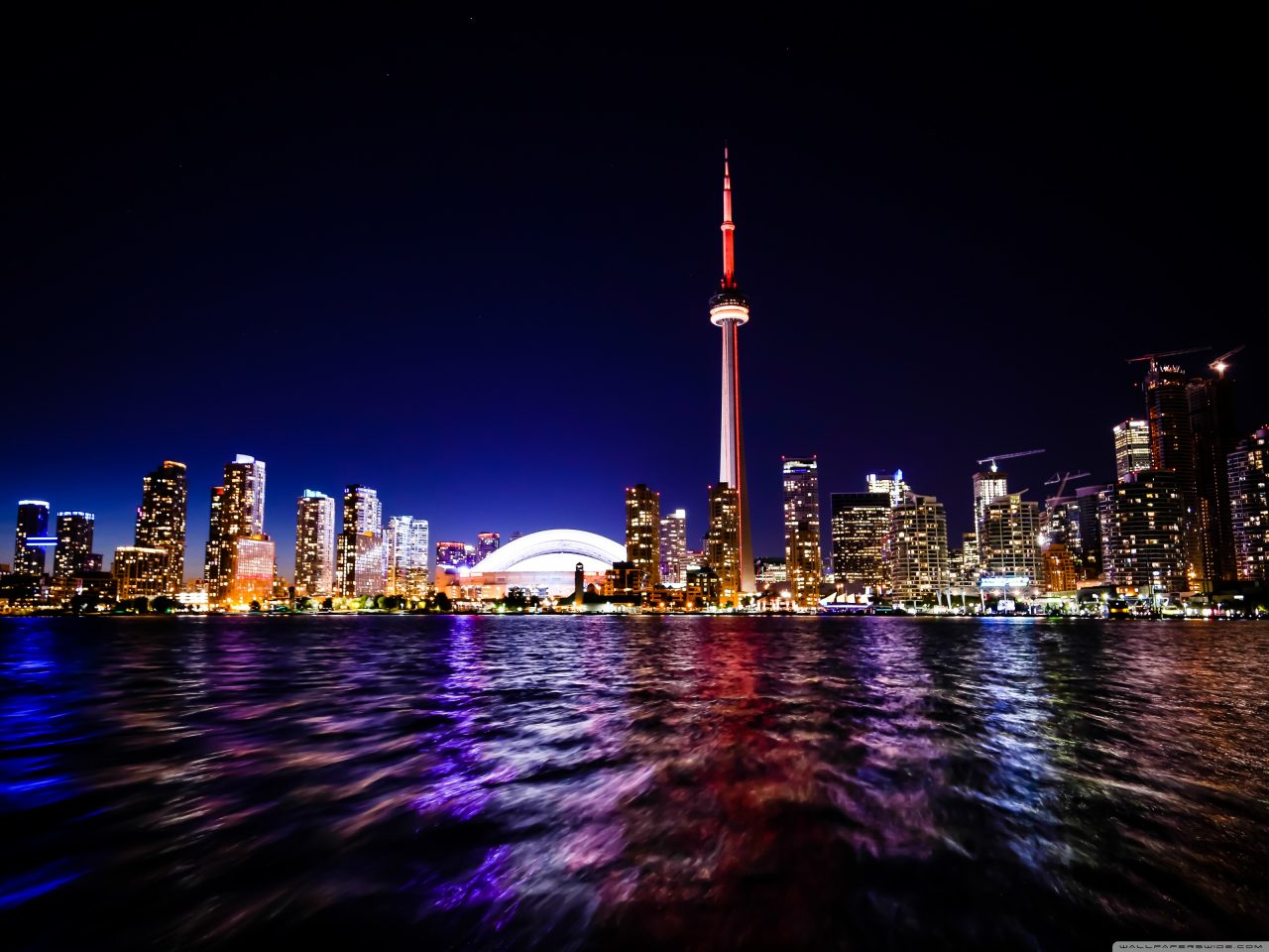 downtown_toronto-wallpaper-3200x2400-1280x960.jpg