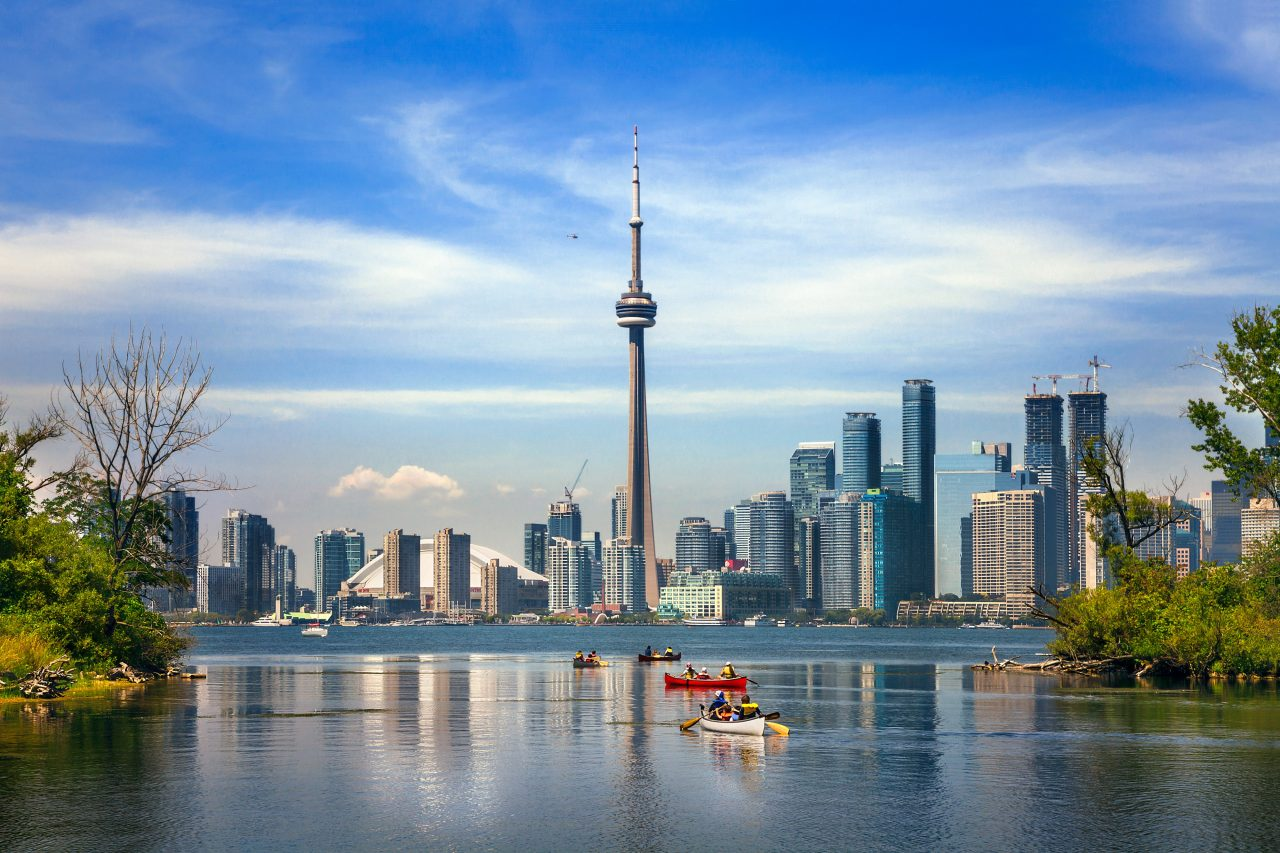 CN-Tower_GettyImages-615764386-1280x853.jpg